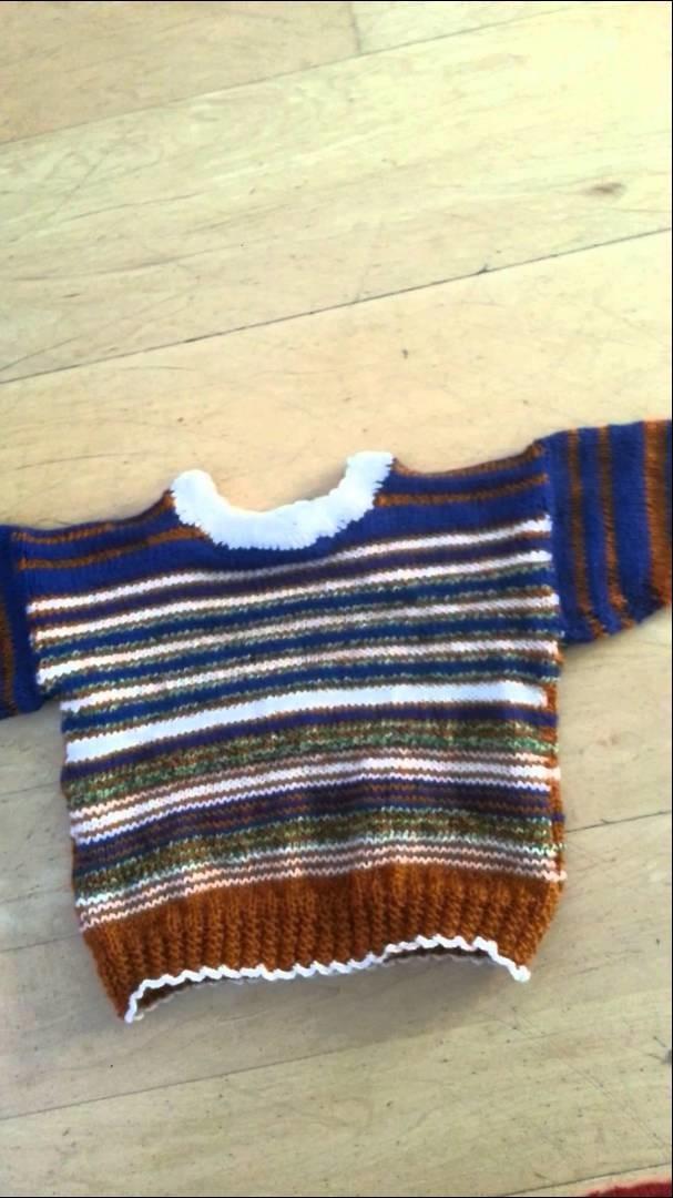 Knit with LANDDERFEEN - Strickabenteuer - mit Streifen arbeiten - Kinderpullover