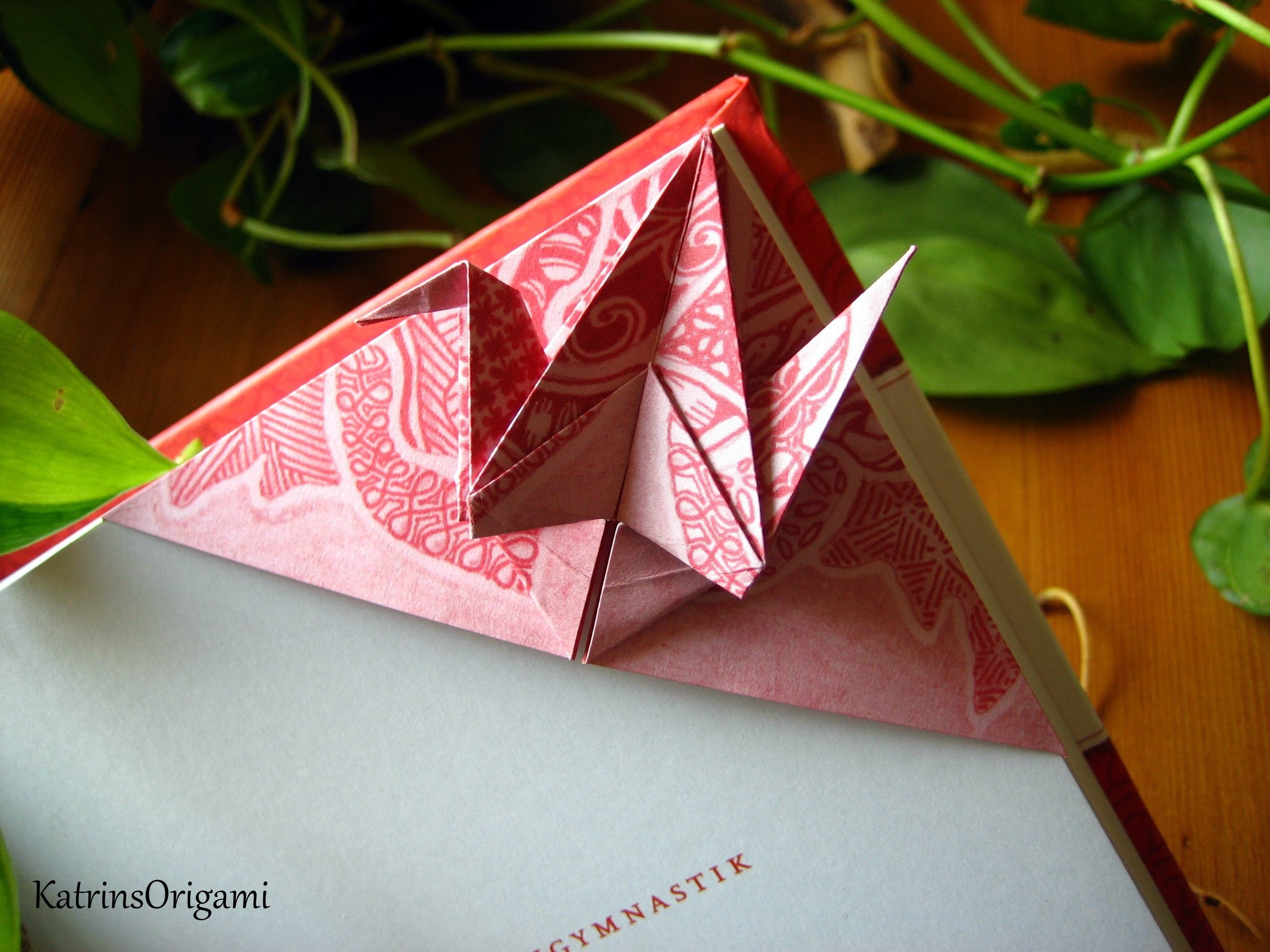 Origami ☯ peace Crane ☯ Bookmark