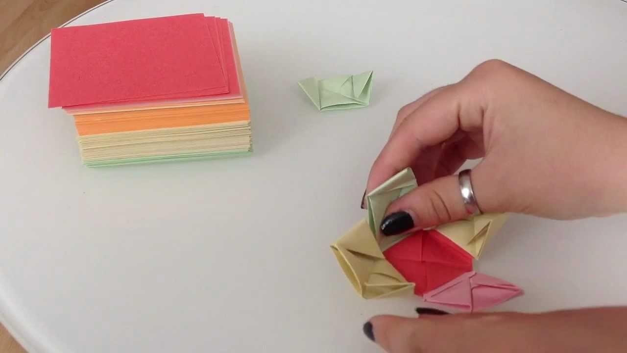 Bunten Origami Würfel machen - Papier Würfel falten