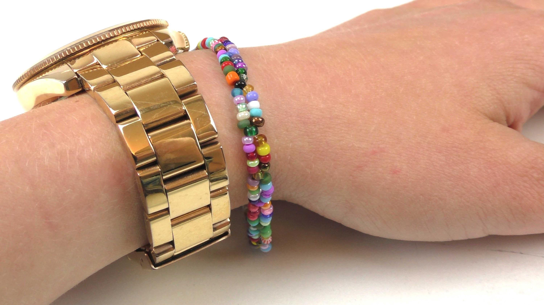 Perlenarmband selber machen - Armband aus Perlen - DIY Schmuck - Bunt und Einfach