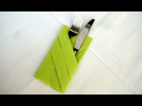 Servietten falten: Bestecktasche Falten - Einfache Tischdeko