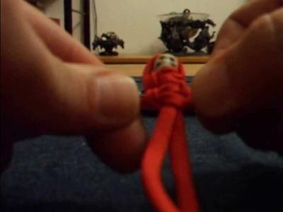Paracord Mumie mit doppelten Cobra-Knoten knüpfen