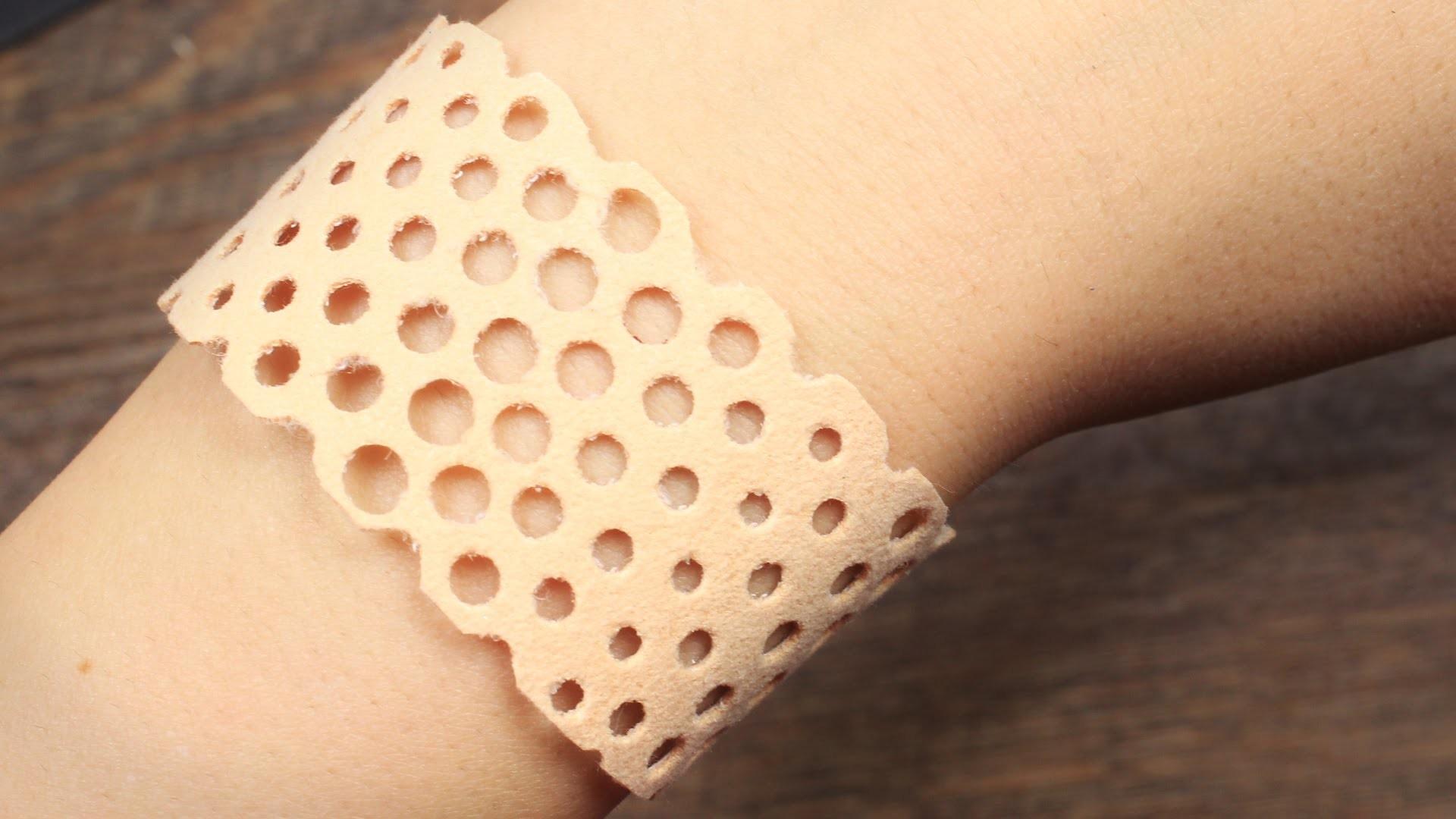DIY perforiertes Armband - Lederarmband mit Druckknöpfen