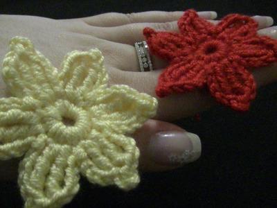Blume häkeln - einfach und schnell - 6 Blätter mit Spitze