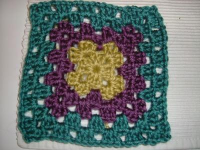 Ihr 12. Quadrat für ihre Patchwork Decke Häkeln mit Granny-Muster