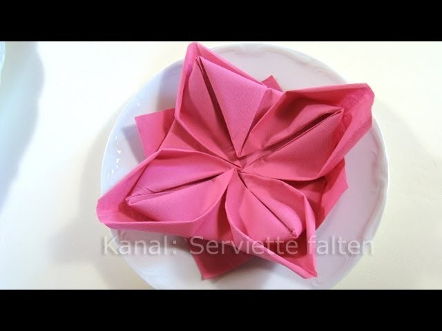 Servietten falten: Lotusblüte