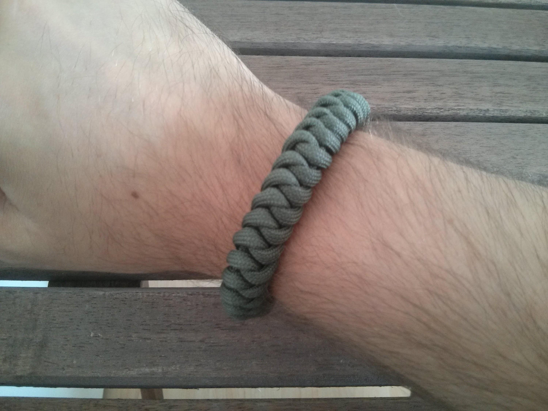 Paracord Armband Snake Knot mit Diamantknoten