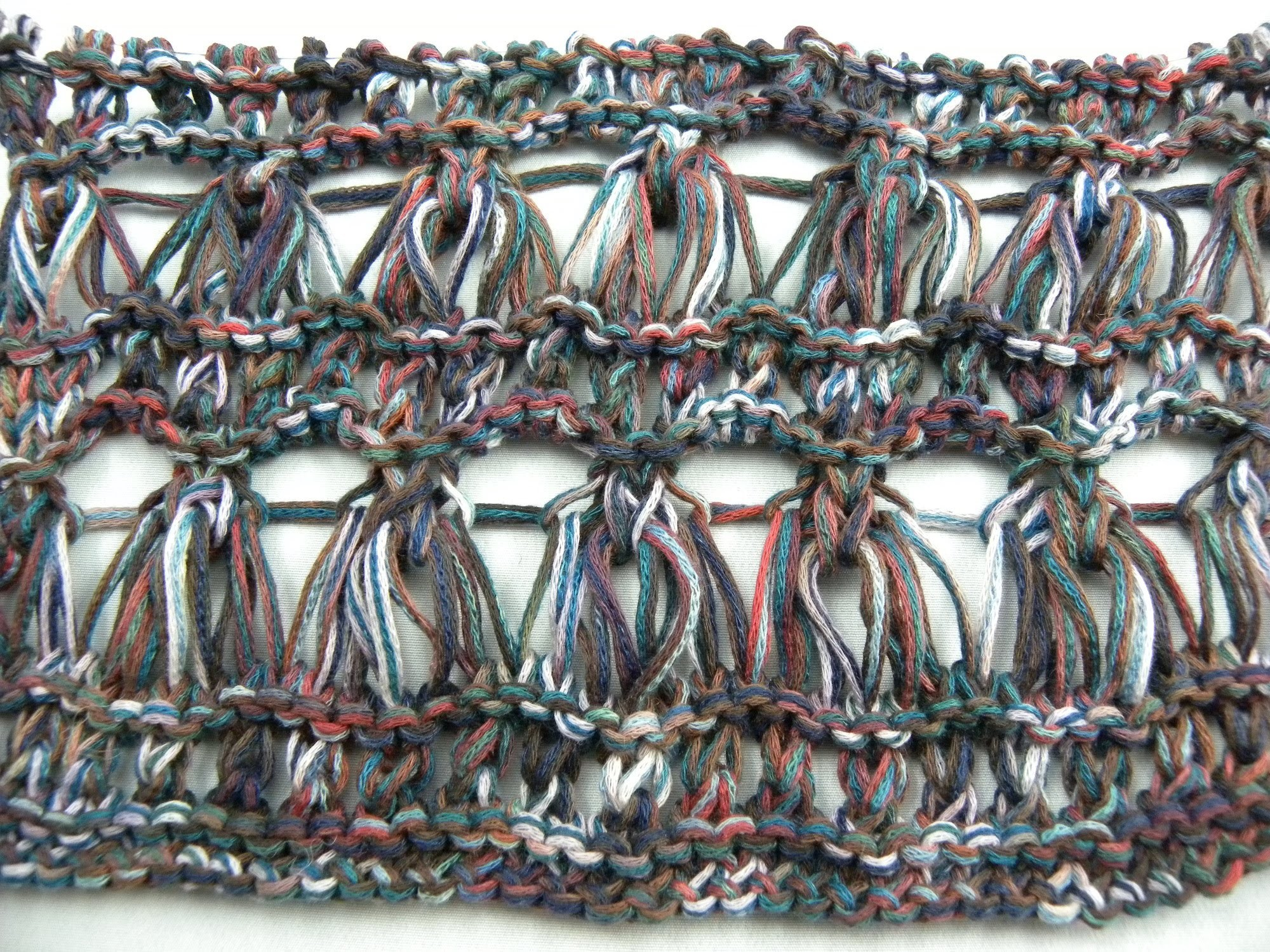 Stricken - Muster - Sommerschal aus der Solavita von SCHACHENMAYR - Veronika Hug