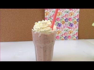 Milchshake mit Erdbeer & Heidelbeere. leckeren Fruchtshake selber machen. schnell und einfach