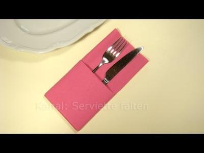 Servietten falten: Einfache Bestecktasche falten