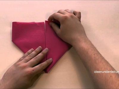 Servietten falten Herz - z.B. Vatertag & Hochzeit - Tischdeko DIY