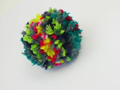 Bommel Mütze Pompom selber machen DIY einfach Wolle Wintermütze Häkeln Stricken