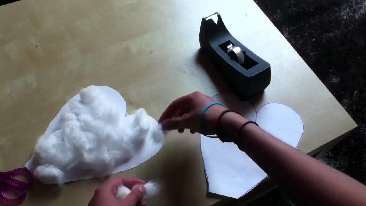 Herz basteln - Herz aus Papier und Watte