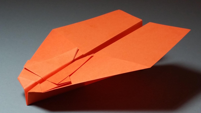 Papierflieger falten - Basteln - Papier falten - Beste Papierflieger der Welt - Rekord | Thrawn