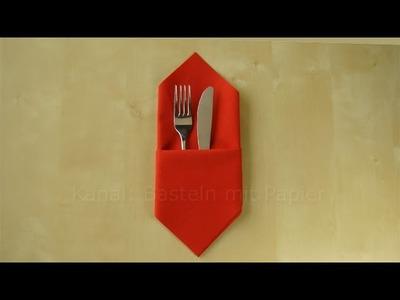 Servietten falten: leichte Bestecktasche falten - z.B. für Hochzeit