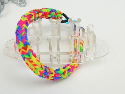Rainbow Loom Quadra Fishtail Loom Armband. Bracelet mit dem Monster Tail | deutsch