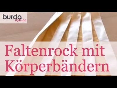 Burda style – Faltenrock mit aufgesteppten Köperbändern nähen