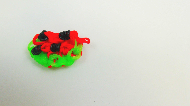 Loom Bands Früchte Melone Charm. Anhänger auf dem Loom Board selber machen Rainbow Loom Melon