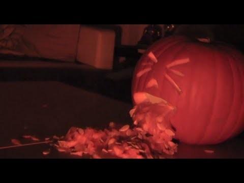 Halloween Deko Tipp kotzender Kürbis!