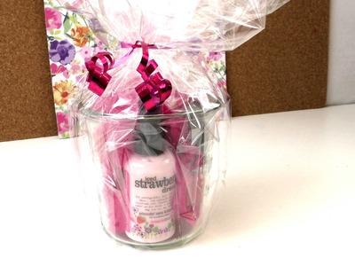 Geschenk im Glas. Treaclemoon Erdbeer Beauty. selbgemachtes Geschenk. DIY Anleitung