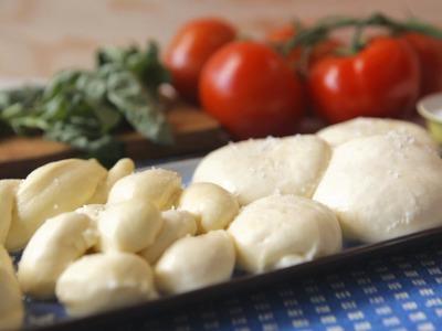 Rezept: Käse selber machen -- Mozzarella - Allrecipes Deutschland