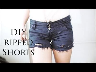 DIY ripped, vintage style shorts.fransen, shorts