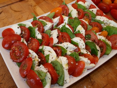 Insalata Caprese - Casual Kitchen