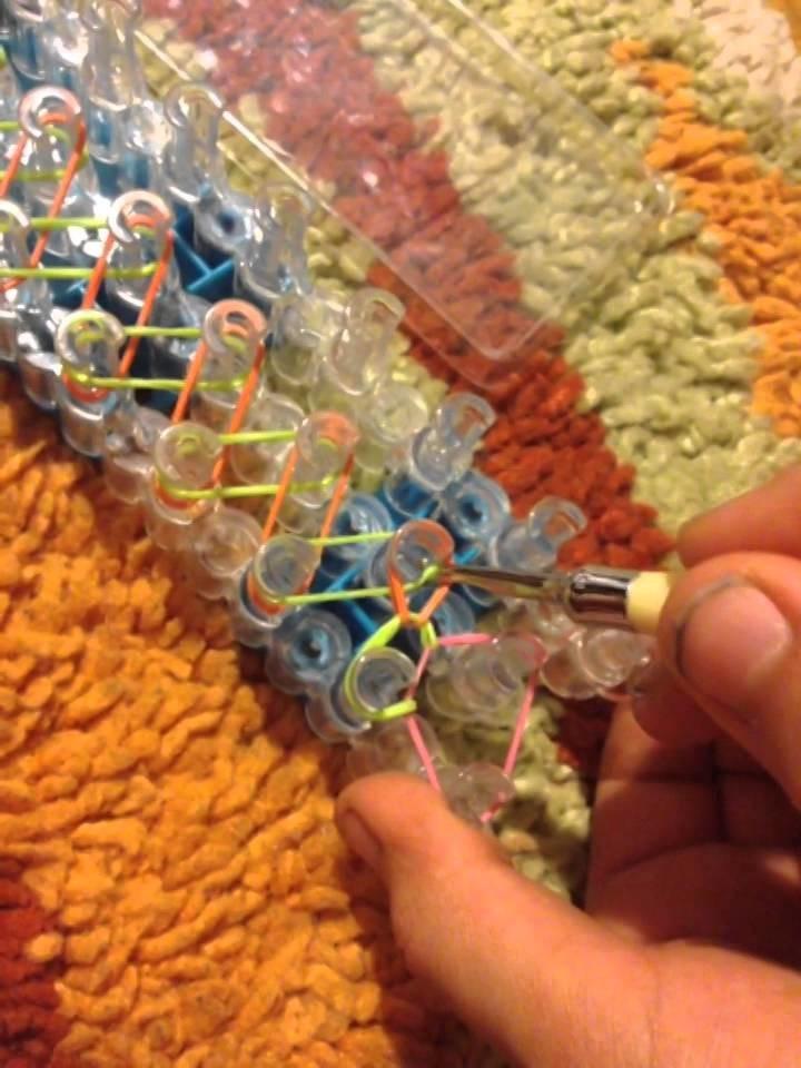 Mein Erstes Video ein Rainbow Loom Armband