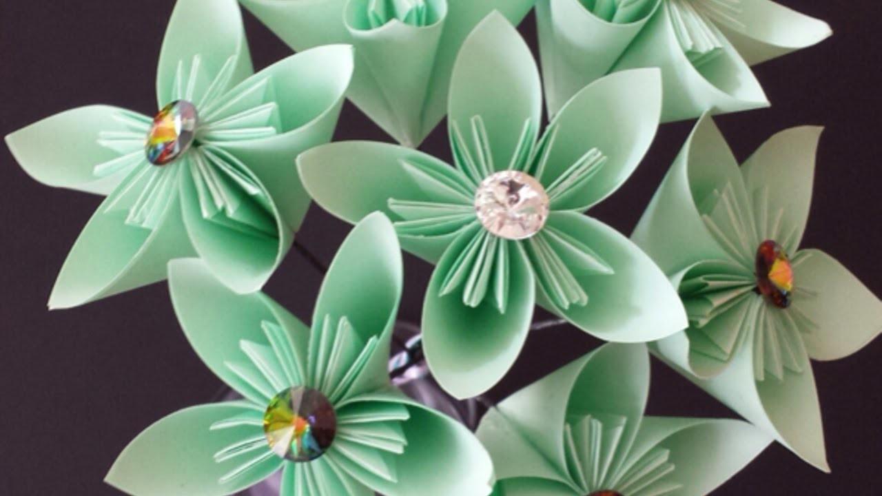 Einen Papierblumenstrauß Basteln - DIY Crafts - Guidecentral