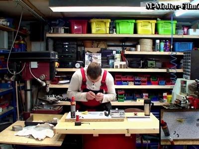 Batteriewechsel bei einer wasserdichten Armbanduhr von M1Molter