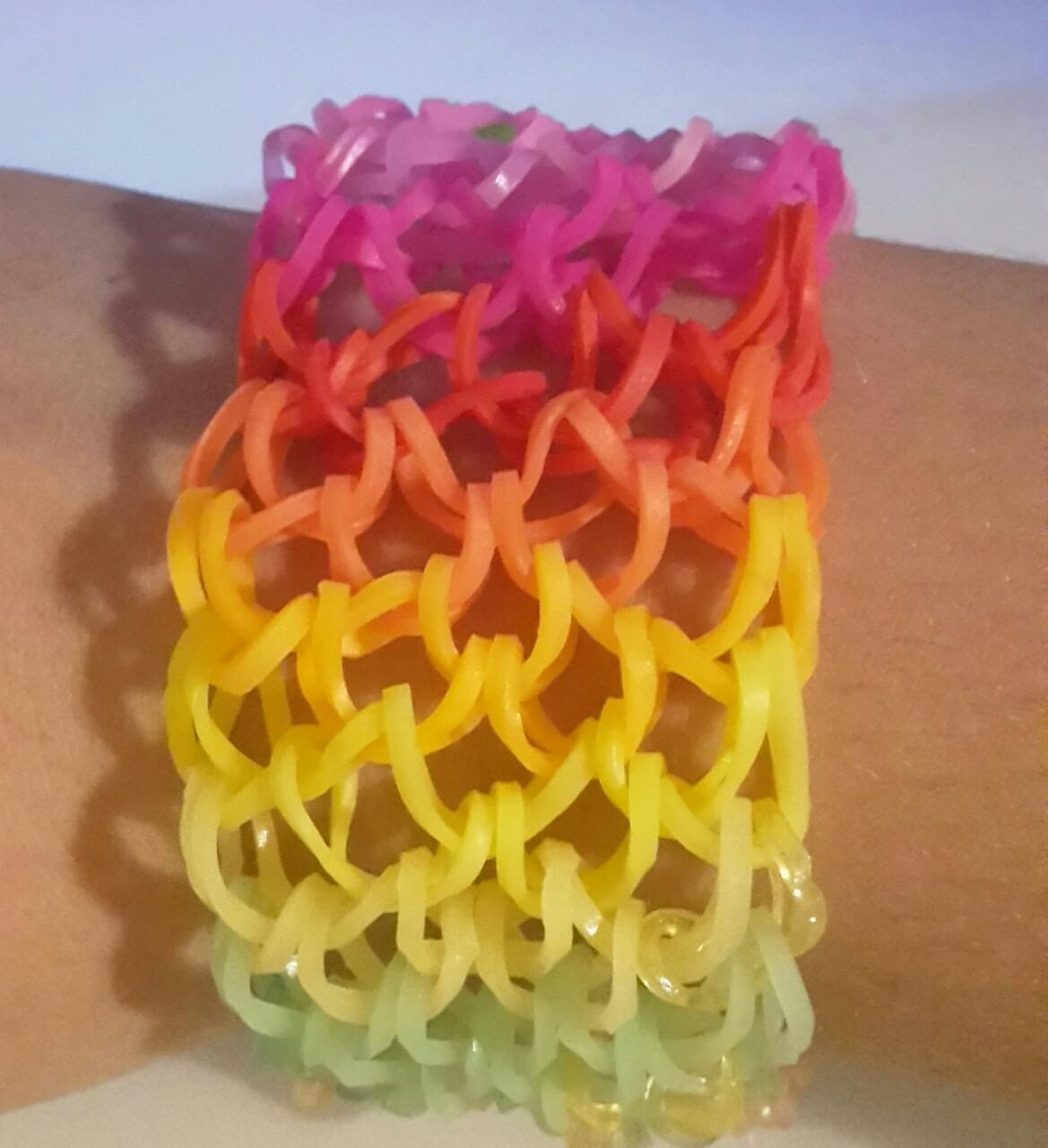 Rainbow loom Dragonscale armband