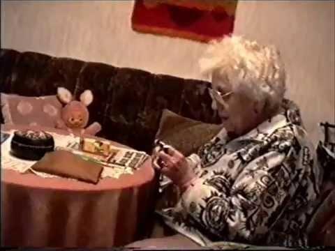 Video häkeln Mütze mit Videoband gehäkelt - crochet Hat