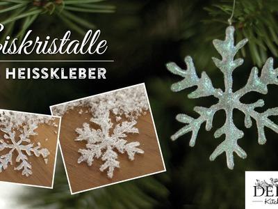 Weihnachtsdeko basteln: funkelnde Eiskristalle aus Heißkleber - How to | Deko Kitchen