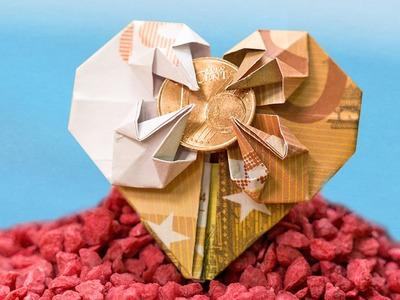 Geschenkidee zur Hochzeit, Geldschein zu einem Herz falten - Origami