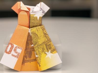 Geldgeschenke Hochzeit, Kleid aus Geldschein falten