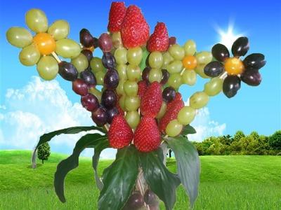 Wunderschöner Blumenstrauß aus Obst! by BINGA!