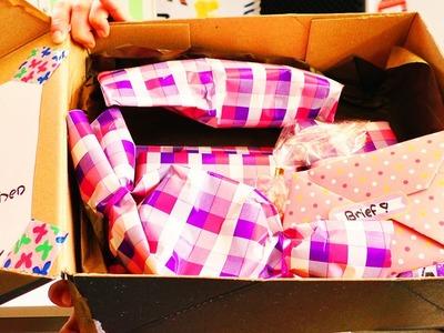 FANPOST Unboxing | Eva & Kathi packen ein Fanpaket mit Geschenken aus | 1. Fanpost Video