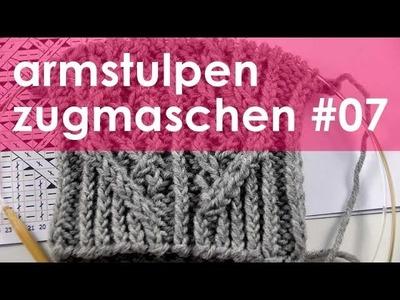 Nadelspiel StriMiMi Jänner 2016 * Zugmaschen * Mütze, Armstulpen, Socken * Teil 7