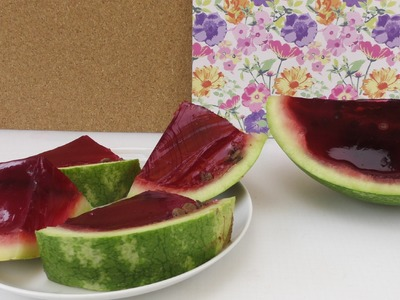 Wassermelone aus Götterspeise Wackelpudding - Partyidee - Dessert. Snack