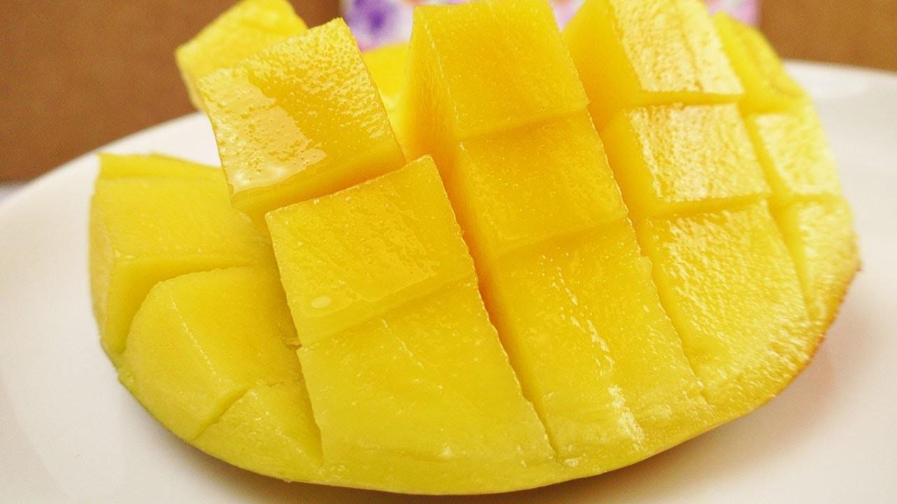 Wie schneidet man eine MANGO? Die BESTE Methode! Mango aufschneiden & servieren! Einfach & Schnell