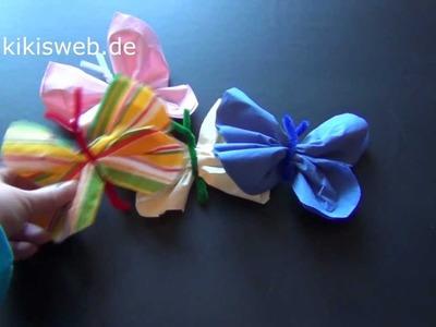 Basteln: Schmetterling aus Pfeifenputzern