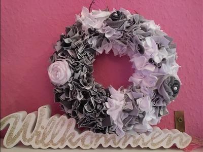 Shabby Chic Kranz mit Stoffblüten DIY