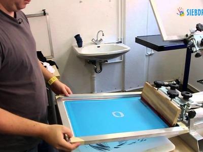 Mehrfarbiger Siebdruck auf T-Shirts selber machen