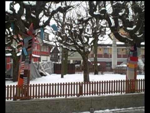 MODE für .  Bäume! - Tree fashion