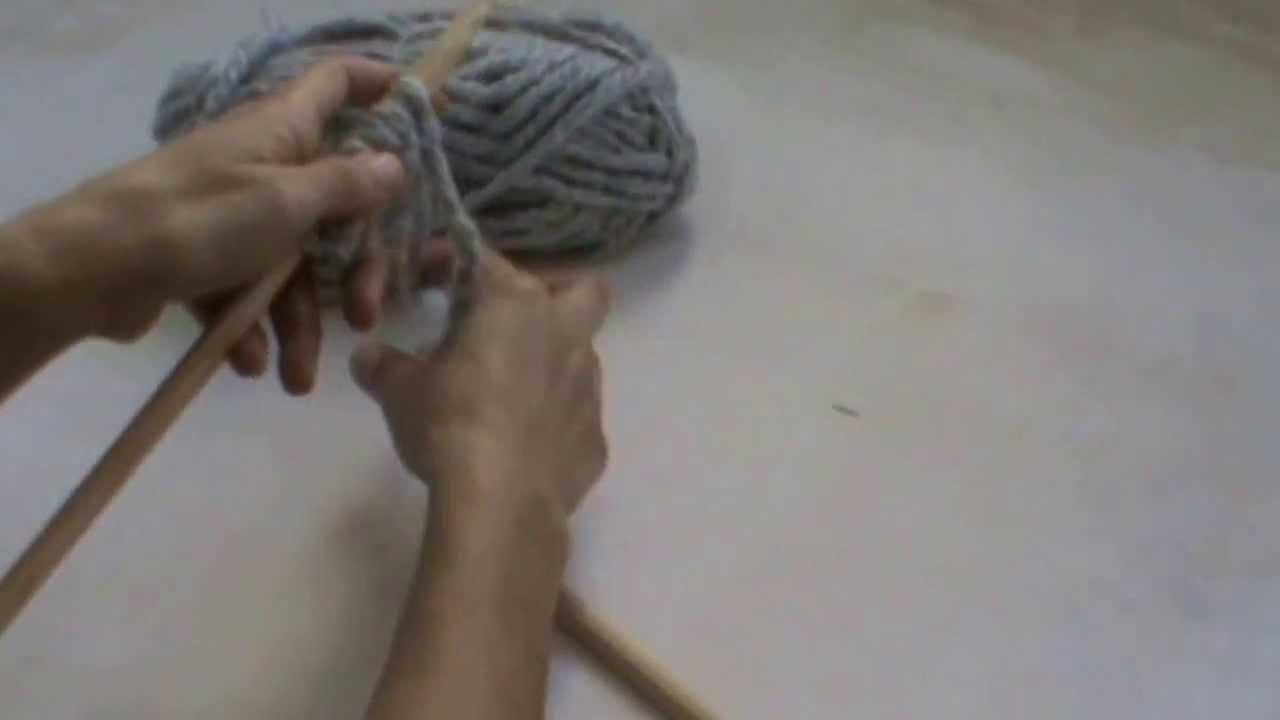 Crealoo Big Knit Video tutorial Sujetar las agujas - Nadeln und Faden halten