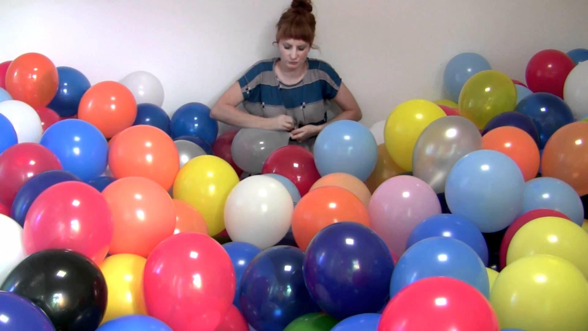 Michaela Gleave '7 Stunden Ballonarbeit.7 Hour Balloon Work'