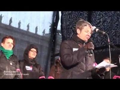 Guerilla knitting aktion - 100 Jahre Frauendemo