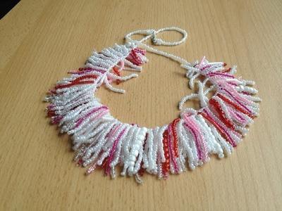 Weisse sommerliche Kette aus weissen und roten Perlen. Beaded necklace. Beadwork