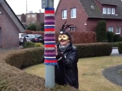 Guerilla Knitting: Strickguerillas in Marienfeld