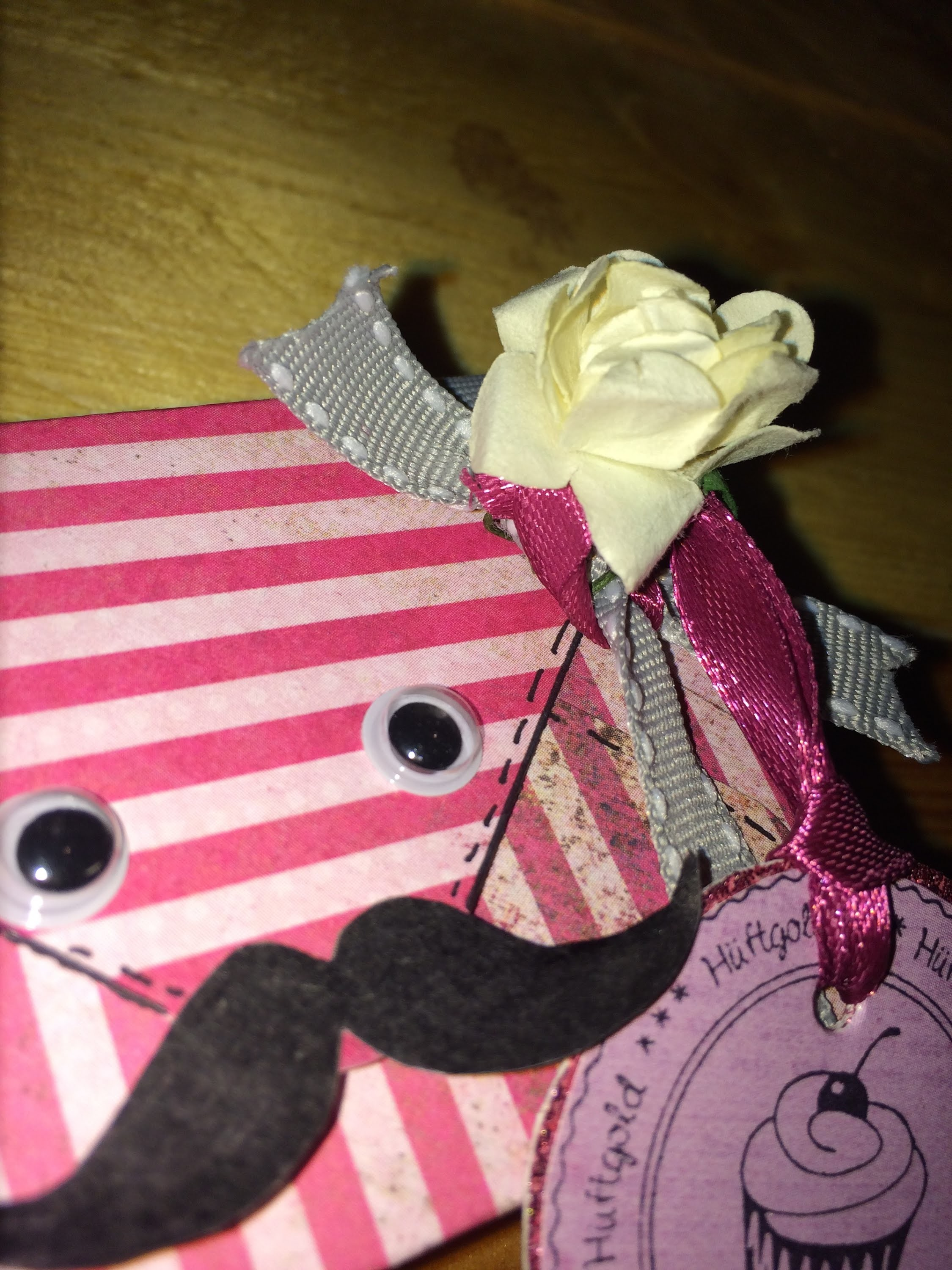 Scrapbook Mini-Geschenkbox **Mr Mustache**DIY [Tutorial]
